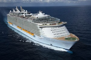 worlds biggest cruise ship allure of the seas royal carribean 6 300x199 11 Longest Ships in the World in 2011